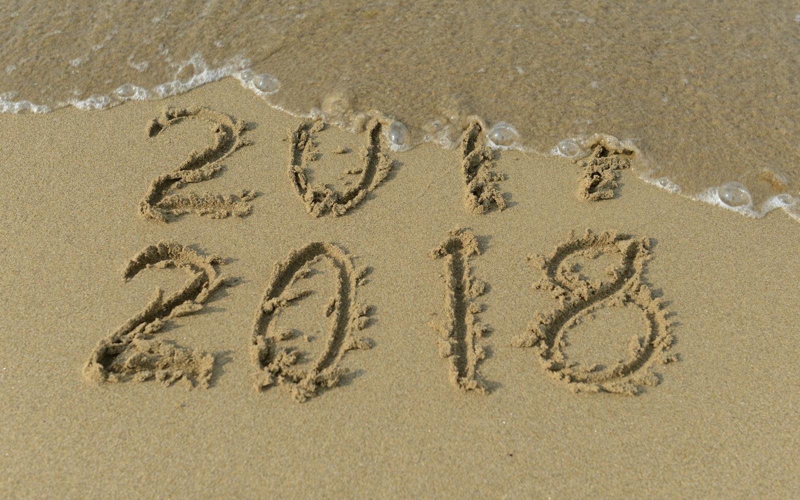 2018 new years resolutions beach sand