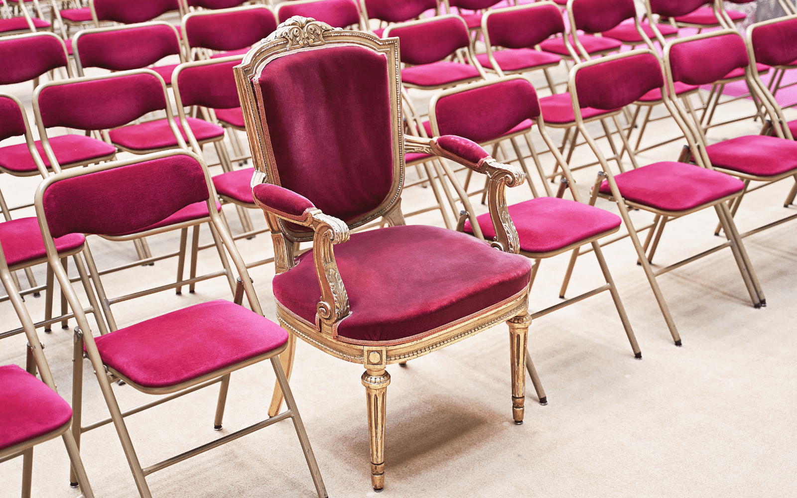 stand out audience chair